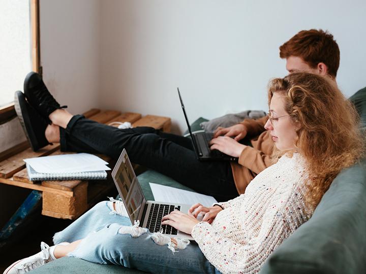 Haluatko parantaa yrityksesi hakukonenäkyvyyttä? Ota yhteyttä omaan yhteyshenkilöösi Dagmarissa.