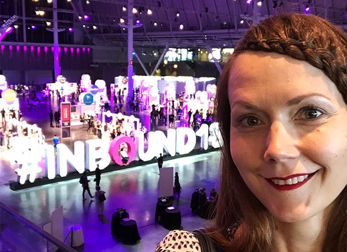 Dagmarin Content Strategist Julia Isoniemi osallistui Inbound-seminaariin Bostonissa. Maailman suurimpiin sisältömarkkinoinnin tapahtumiin kuuluva seminaari kokosi paikalle 24 000 ammattilaista yli sadasta maasta.